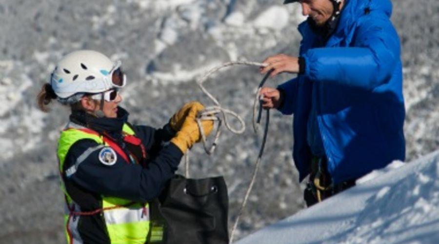 Offre d emploi medecin de secours en montagne